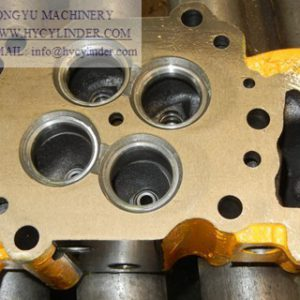 S6D125E-2 cylinder head for komatsu PC400-5/6 excavator